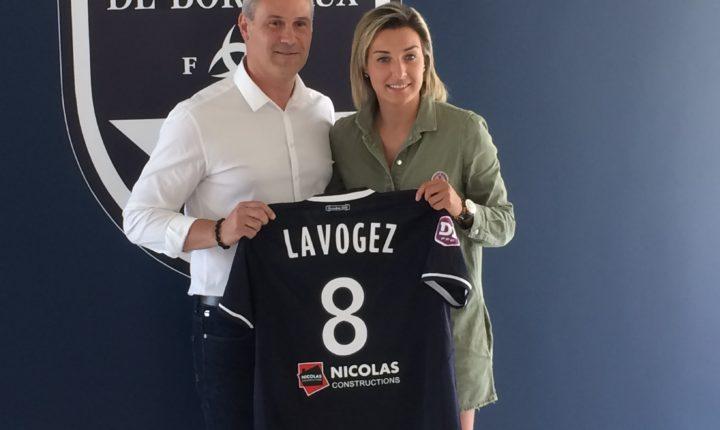 Claire Lavogez signe 1 an